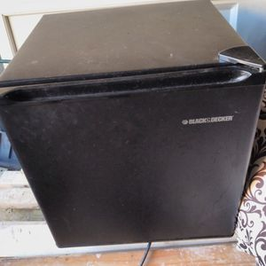 Mini Refrigerator for Sale in Collingswood, NJ