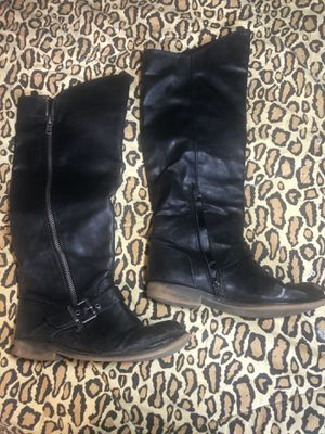 Cool Women's boots sz 8 for Sale in Seattle, WA