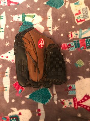 RAWLINGS SOFTBALL GLOVE LEFT HAND for Sale in Dallas, TX