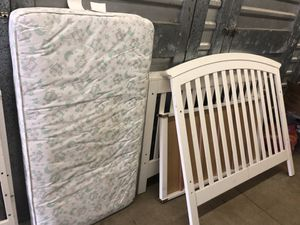 Essential by Baby Cache Crib for Sale in Suffolk, VA