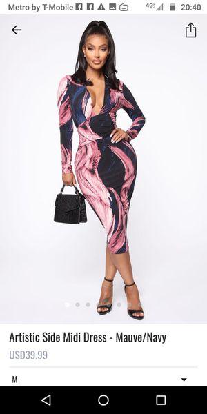 Vestido nuevo de fashion nova size medium for Sale in Long Beach, CA