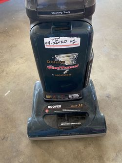 Hoover Vacuum With Extra Bags for Sale in Meridian,  ID