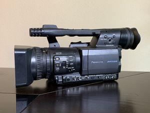 Videocámara Panasonic HMC150 for Sale in Houston, TX