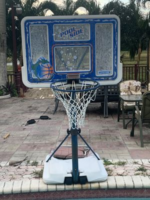 Basketball hoop for Sale in Cooper City, FL