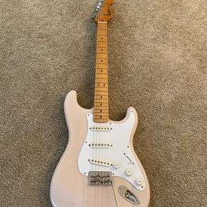 **(Upgraded)** Squier Classic vibe 50's Stratocaster for Sale in San Diego, CA