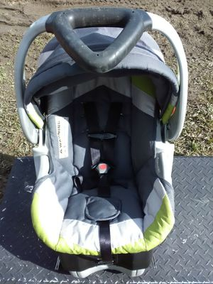 Baby Trend car seat for Sale in Richlands, NC