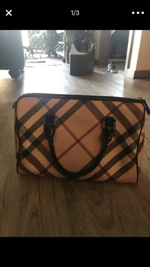 Authentic Burberry Bowling Bag for Sale in Nashville, TN