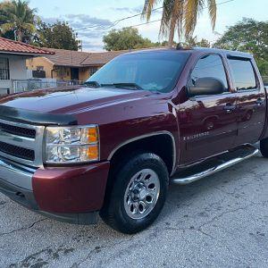 2008 Chevrolet Silverado for Sale in Miami, FL