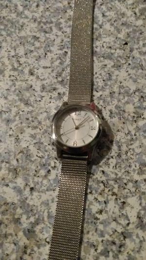 Timex watch woman's adjustable snap hard ware is impecable for Sale in Tacoma, WA
