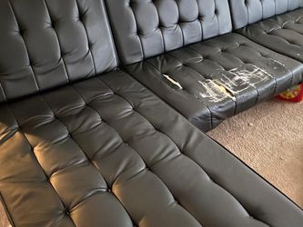 Black Convertible Futon And Chaise for Sale in Wheeling,  IL
