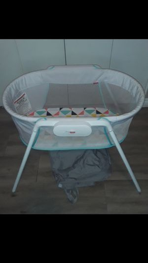 Fisher-Price Stow 'n Go Bassinet for Sale in Phoenix, AZ