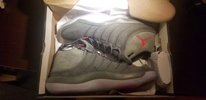 Jordan Size 13 for Sale in Playa del Rey, CA
