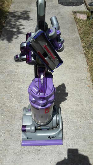 Dyson DC18 Upright Vacuum for Sale in Austin, TX