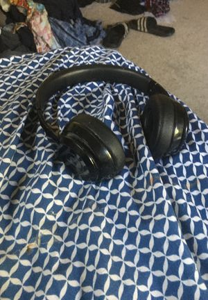 Beats solo 3 for Sale in Chicopee, MA