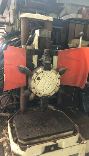 Rare Burgamster drill with mounted 6point drill for Sale in Wahiawa, HI