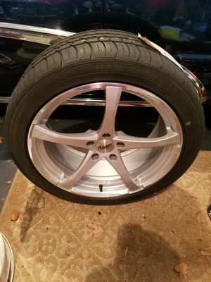 Brand new wheel and tire 255/40R19 for Sale in Jackson, NJ