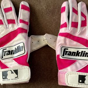 Youth girls small hot pink, white, and black softball batting gloves comfortable fit used in good condition Franklin brand for Sale in Gilbert, AZ