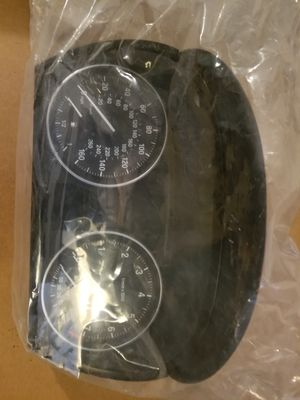 2011 BMW 328Xi OEM Speedometer Head Cluster: $100 Part # (IK924236701C, A2C53418501, S/N701237444) for Sale in Weston, MA