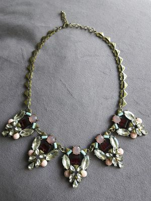 Simulated & Shiny Gemstone Necklace~ for Sale in Lisle, IL
