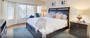 King bedroom set with mattress for Sale in Phoenix, AZ