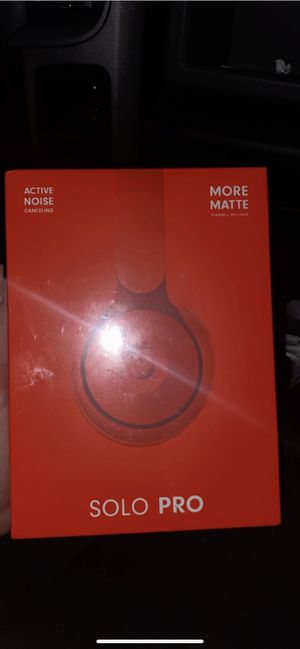 Beats Solo Pro Active Noise Canceling Matte Red for Sale in Norwalk, CA