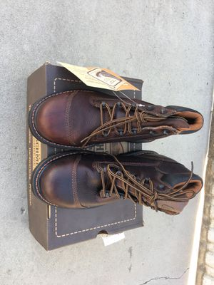 """6"""" steel toe boots new size 8 m for Sale in Fresno, CA"""