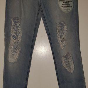 NEW- Retro High Rise Jean's Size 9 for Sale in Renton, WA