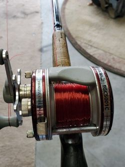 G-Loomis GL2 10'6 Heavy Moderate Action And ABu Garcia Reel for Sale in Tacoma,  WA