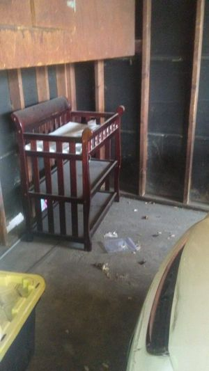 Baby changing table in very good condition for Sale in Santa Clara, CA