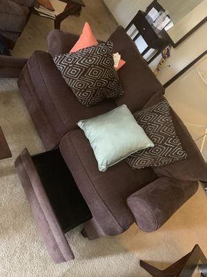 Living Room Set w/ Storage Draws - Gently Used/Like New for Sale in Berwyn Heights, MD