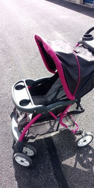 Used collapsible baby stroller for Sale in Newport News, VA