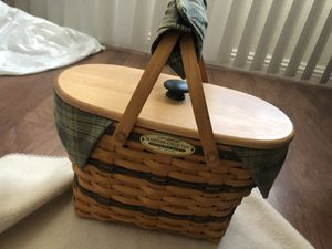 Longaberger Traditions Collection Fellowship Basket 1997 Edition for Sale in Las Vegas, NV