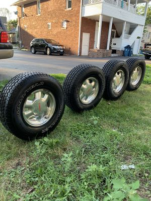 Rims for chevy or gmc for Sale in Aurora, IL