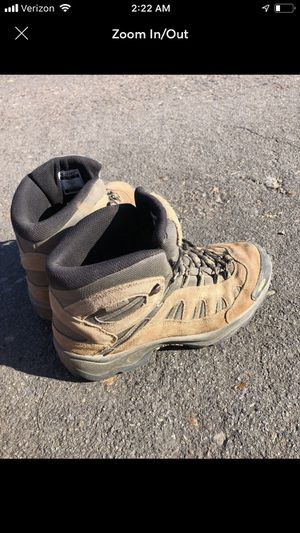 Hi tec men's work boots size 9 for Sale in Albany, OR