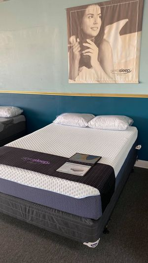 New Queen COOLING Memory Foam Mattress MUST FEEL IT W2 for Sale in Irving, TX