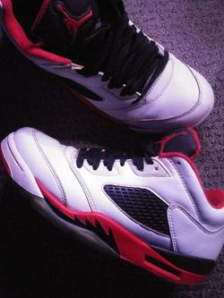 Retro 5s Lowtop Size8.5 for Sale in Mount Rainier,  MD