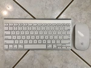 Apple wireless keyboard & mouse for Sale in Baltimore, MD