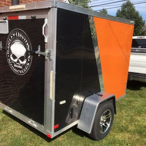 NEO Motorcycle Trailer with Harley Davidson Decal for Sale in Trenton, MI