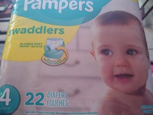 Pampers size 4 for Sale in Haines City, FL