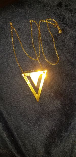 Double V Cut Out Gold filled Necklace for Sale in White Plains, NY