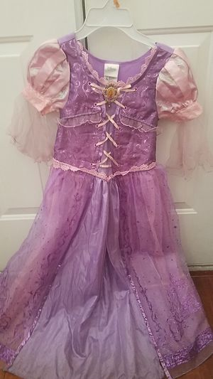 Disney's Rapunzel costume for Sale in Las Vegas, NV
