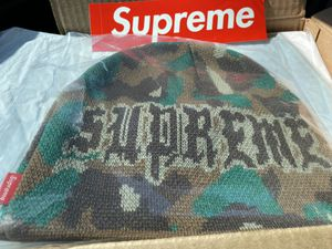 SUPREME PARIS CAMOUFLAGE BEANIE CAP HAT for Sale in Los Angeles, CA
