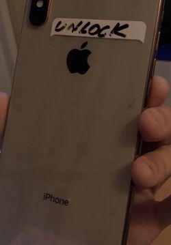 iphone XS Max-64gb-Unlock AnY SiM $480 for Sale in Hialeah,  FL