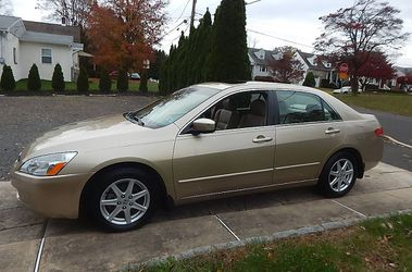 Gold Sedan 2004 Honda Accord For Sale for Sale in Los Angeles,  CA