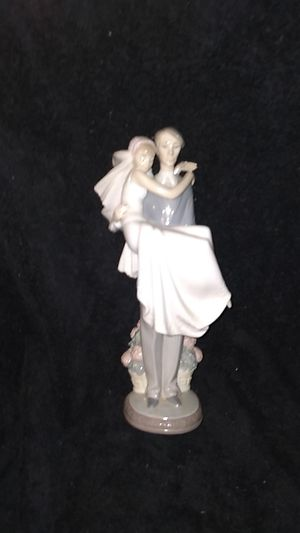 LLADRO` AUTHENTIC FIGURINE! With box. for Sale in Philadelphia, PA