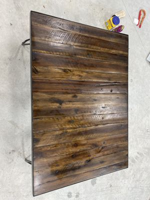 Antique wood coffee table for Sale in Fort Lauderdale, FL