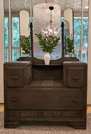 Antique vanity with 3-way mirrors for Sale in Sandy, OR