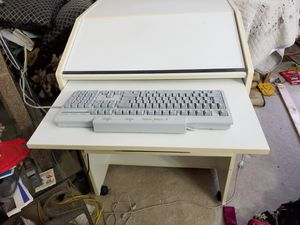 Compact white computer desk for Sale in Silver Spring, MD