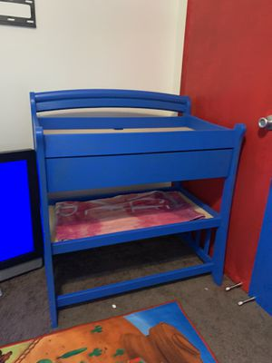 Baby changing table for Sale in Fullerton, CA