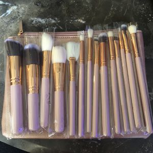 Makeup brush set and zipper bag for Sale in San Diego, CA
